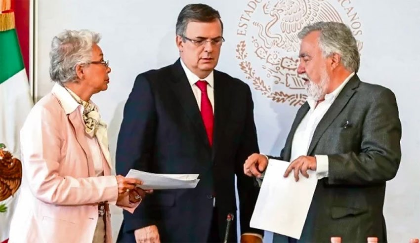 Sánchez, Ebrard and Encinas at yesterday's press conference.