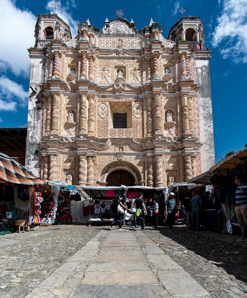 Facade of the Ex-Convento de Santo Domingo.