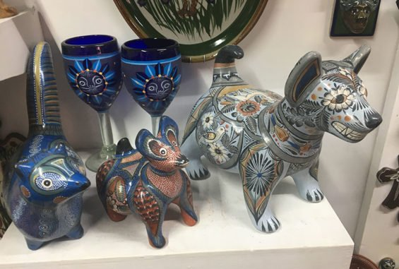 Some of the beautiful pieces by Ceramicas de Tonalá that can be found at the Saturday Bazaar.