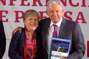 Bárcena and López Obrador announce new development plan.