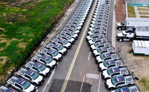 The new fleet of police vehicles is the real scandal, claims Veracruz attorney general.