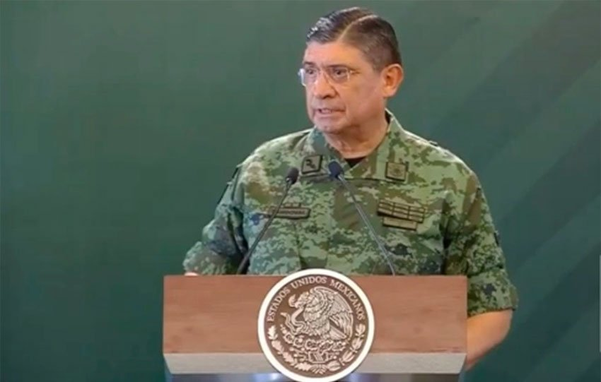 Defense Secretary Sandoval in Pachuca this morning.