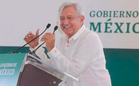 López Obrador at yesterday's rally in Durango.