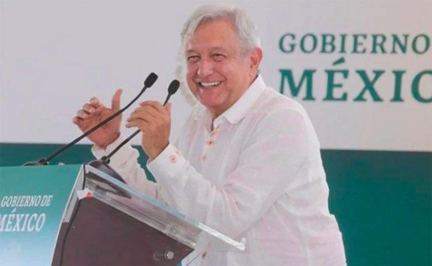 López Obrador at yesterday's rally in Durango.