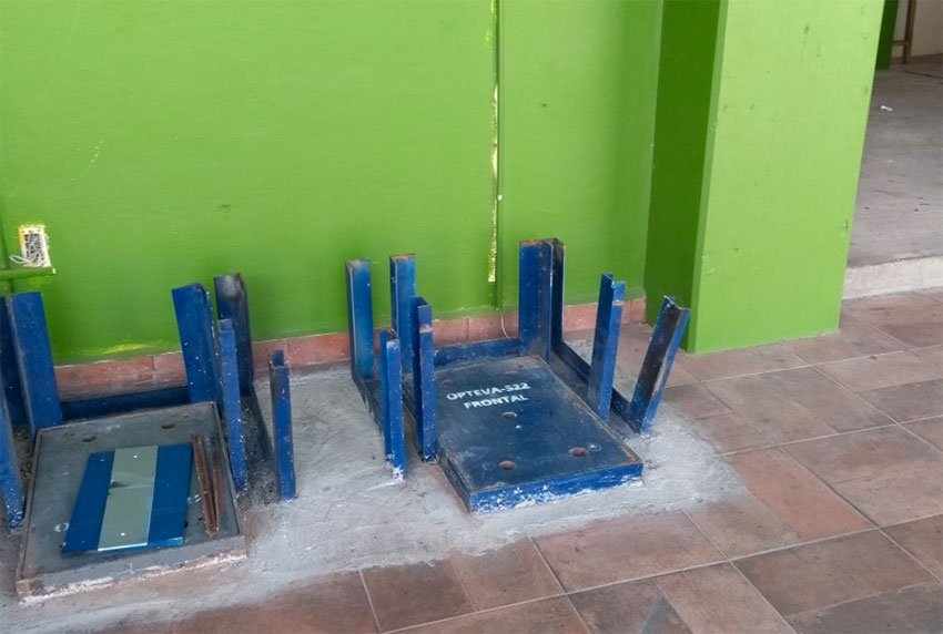 This was all that remained after thieves stole two ATMs in Ciudad Asunción.