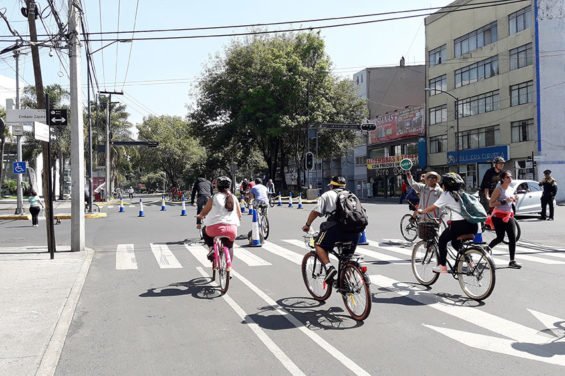 Mexico City cyclists are preparing for a 17-kilometer tour next weekend.