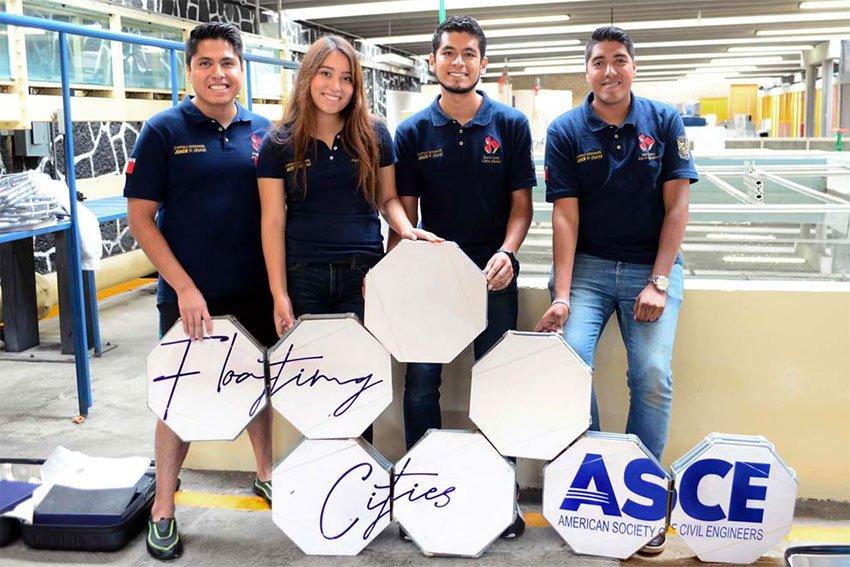 The award-winning UNAM engineering students.