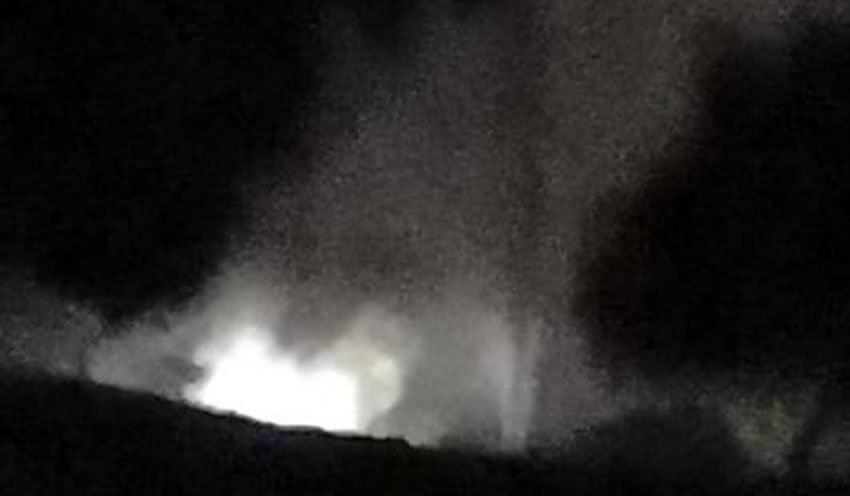 A fountain of gasoline in Acolman last night.