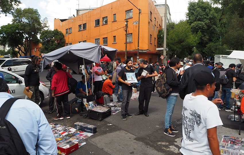 The CD and LP swap at El Chopo offers an opportunity to try some rare Mexican rock music for a good price.