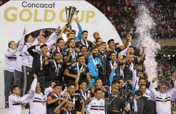 Mexico's El Tri celebrates yesterday's Gold Cup win in Chicago.