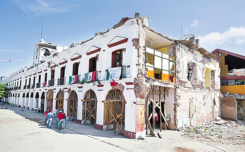 The municipal palace in Juchitán, Oaxaca, is among the sites that will be restored.