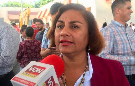 Mayor Martínez of Manzanillo.