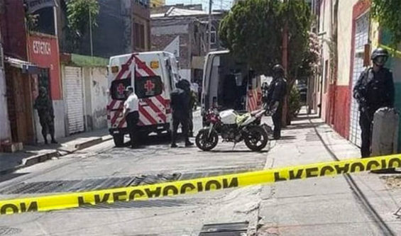 Scene of the attack on a police station in Valle de Santiago.