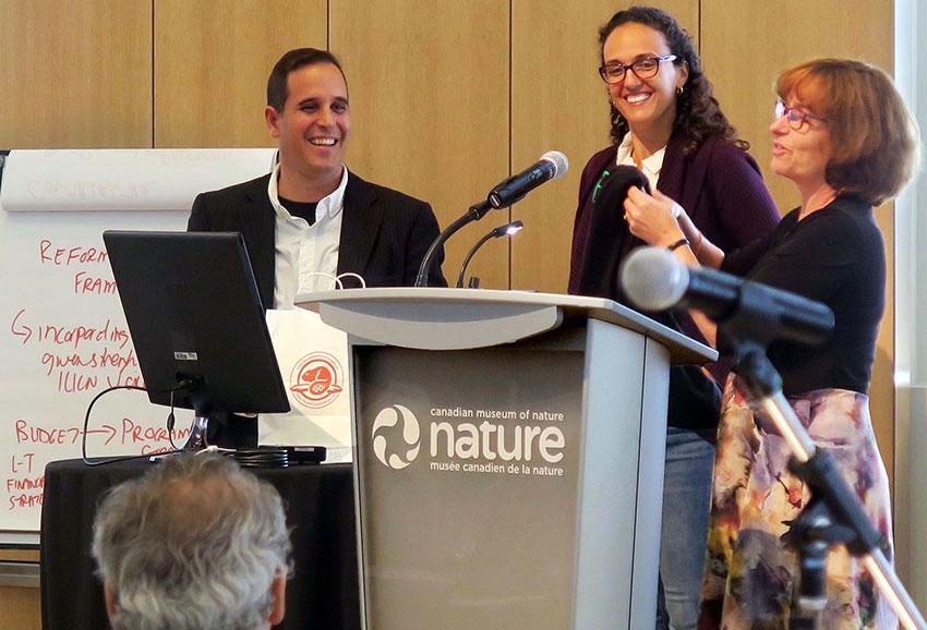 Manfred Meiners of Guadalajara receives IUCN.