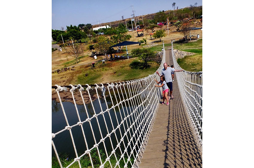 6—–hanging-bridge