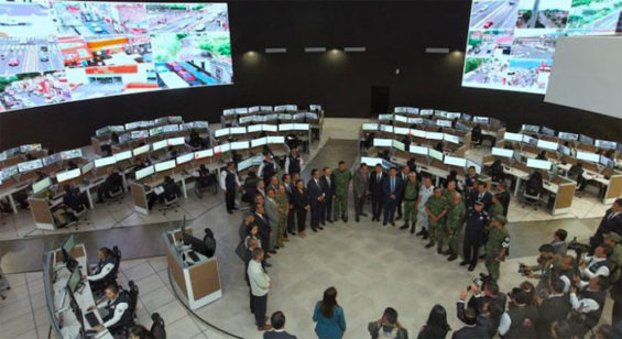 Inauguration ceremony inside Michoacán's new command center.