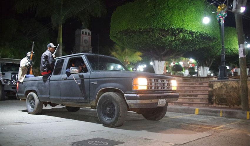 Community police patrol in Apaxtla.