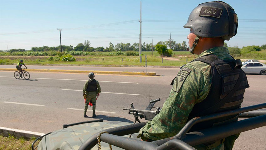 A military patrol in Culiacán.