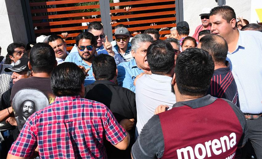 Morena party members clash in Coahuila.