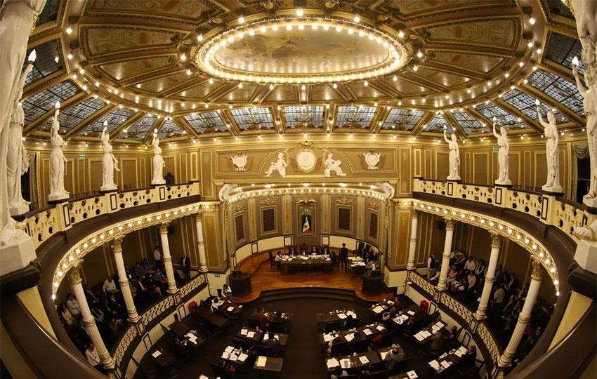 Puebla Congress: no to abortion, same-sex marriage laws.