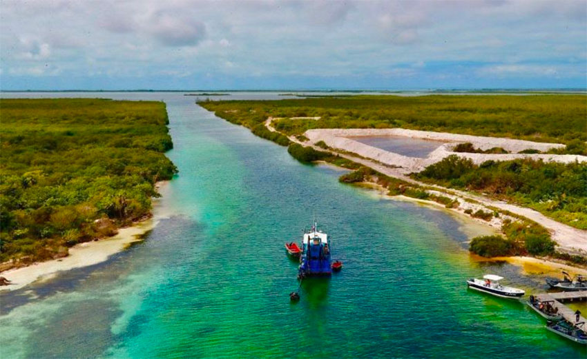 Dredging has begun on the canal in southern Quintana Roo.