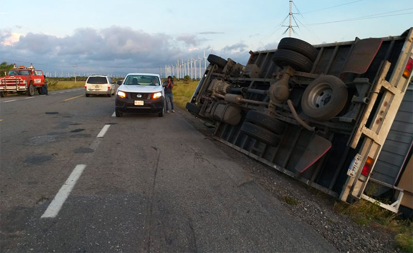 A semitrailer after it was blown over by strong winds in Oaxaca.