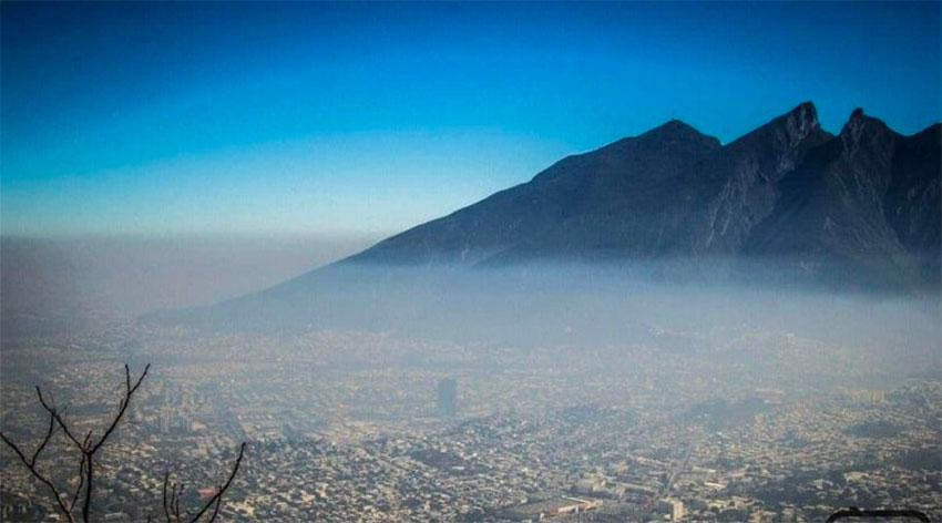 A blanket of smog over Monterrey.