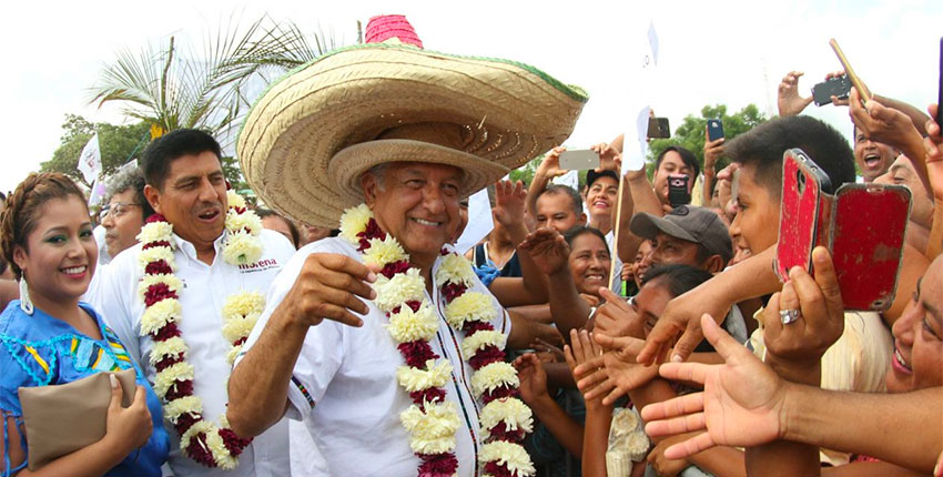 president lopez obrador in oaxaca