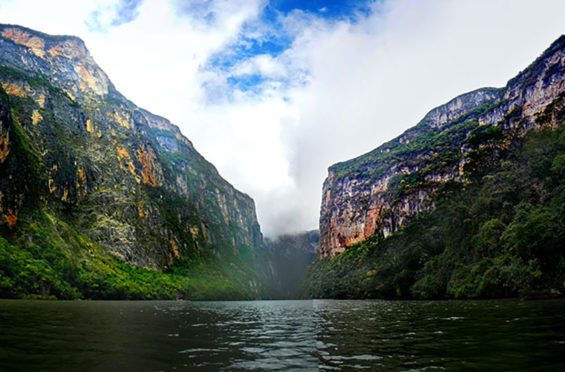 The imposing Sumidero Canyon lies northeast of Tuxtla Gutiérrez, Chiapas.