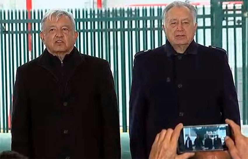 López Obrador and CEO chief Bartlett touring a geothermal plant Saturday in Michoacán.