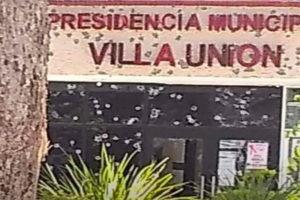 Gangsters left their mark on Villa Unión's municipal offices.