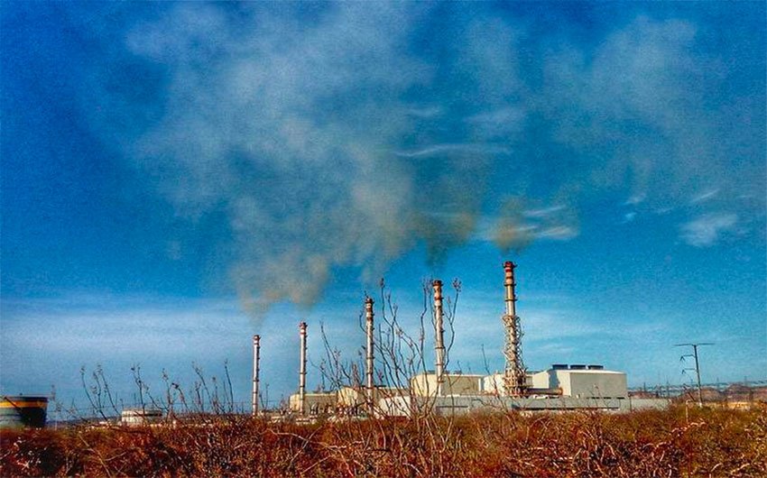 La Paz mayor says no to more fossil fuel power plants.