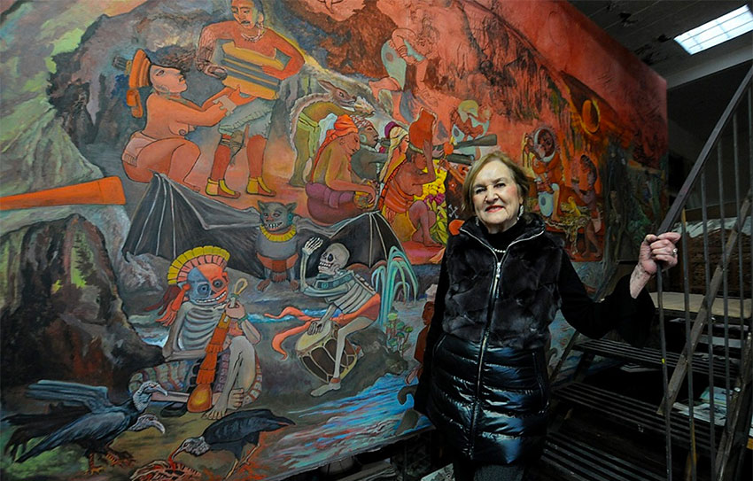Lazo and one of her murals.