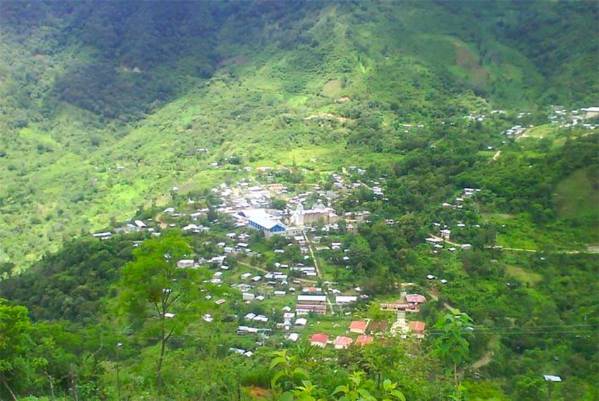 Santiago Nuyoó, where 1,700 residents are now enjoying mobile phone service.