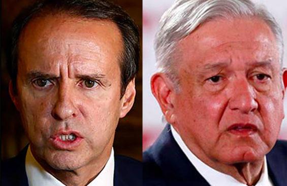 Quiroga, left, accused President López Obrador of 'kneeling before' Donald Trump.