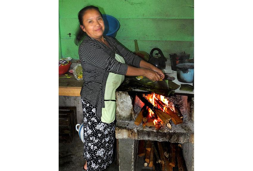 10—sm-Cook-at-Chiapas-Montebello