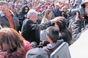 The president in La Mora on Sunday.
