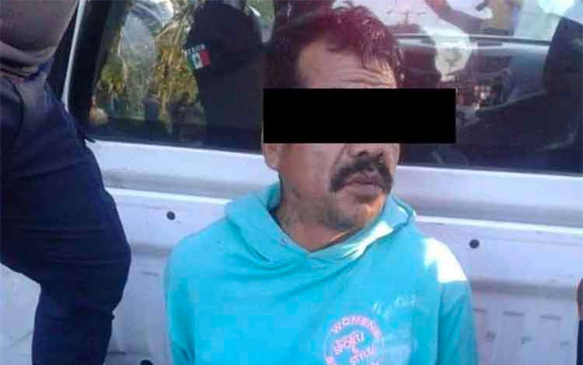 Lynching victim in Chiapas after his arrest by police.