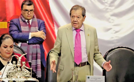 Muñoz Ledo accuses party of fearing the truth.