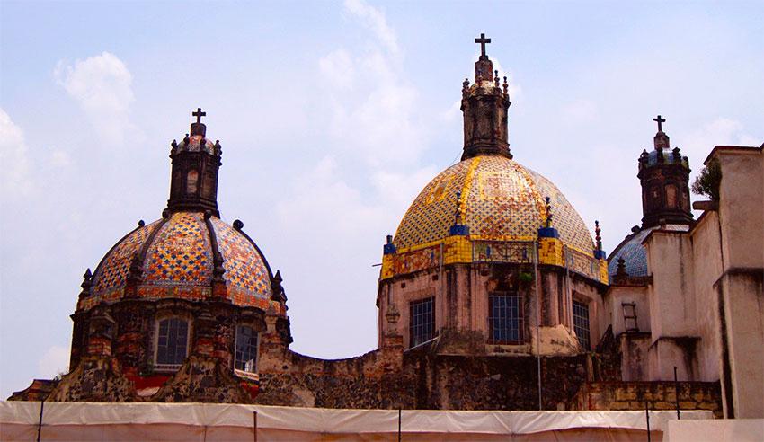 The tiled cupolas of the Museo de el Carmen.