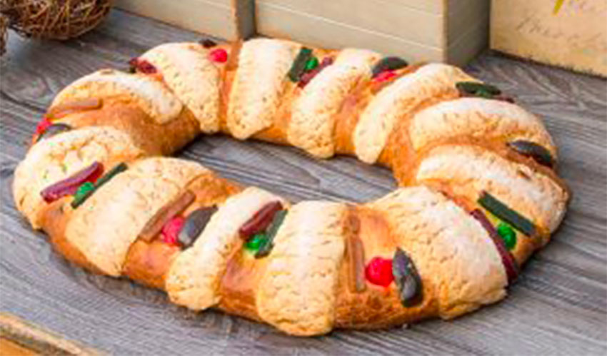 Kings Day bread in a size that is more common.