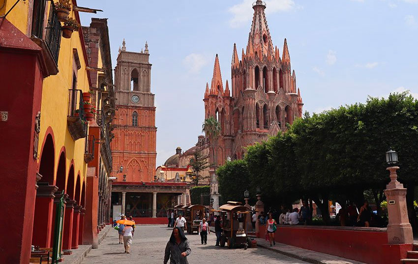 The alleged fraud was conducted by a Monex employee in San Miguel de Allende.