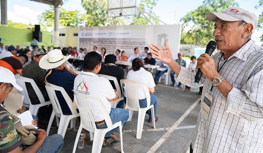 An ejido leader addresses a consultation in Felipe Carillo Puerto.