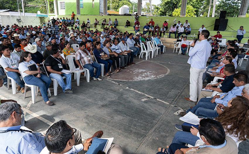 Kristhian Hernández addresses an audience in Felipe Carillo Puerto on December 15