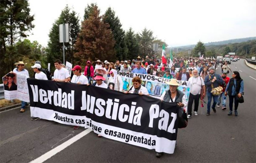 The peace walk on Friday, en route to Mexico City from Cuernavaca.