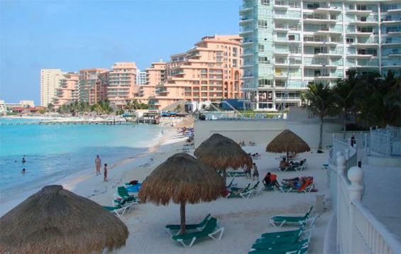 Cancún is 'overexploited,' says Fonatur chief.