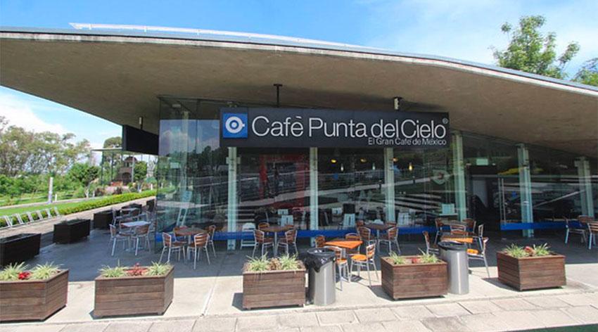 Starbucks competitor Café Punto del Cielo.