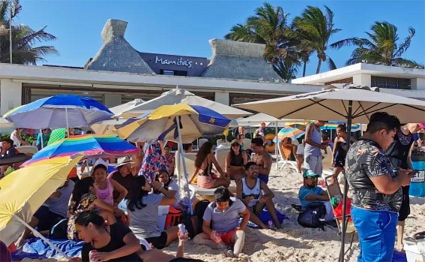 Sunday's picnic in Playa del Carmen.