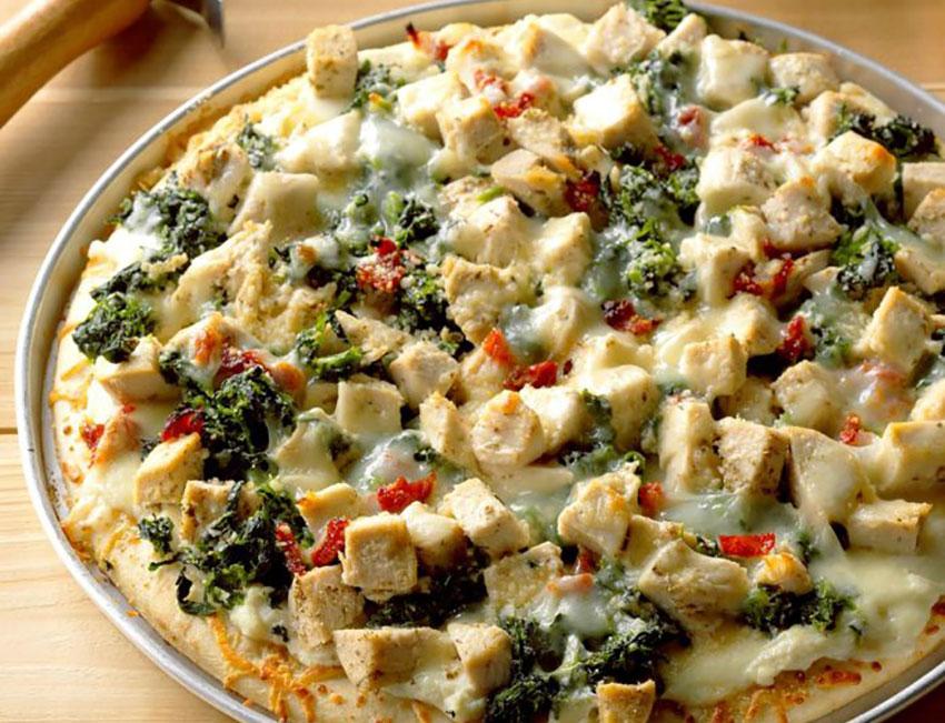 Chicken Florentine Pizza is a good dish for rotisserie chicken.