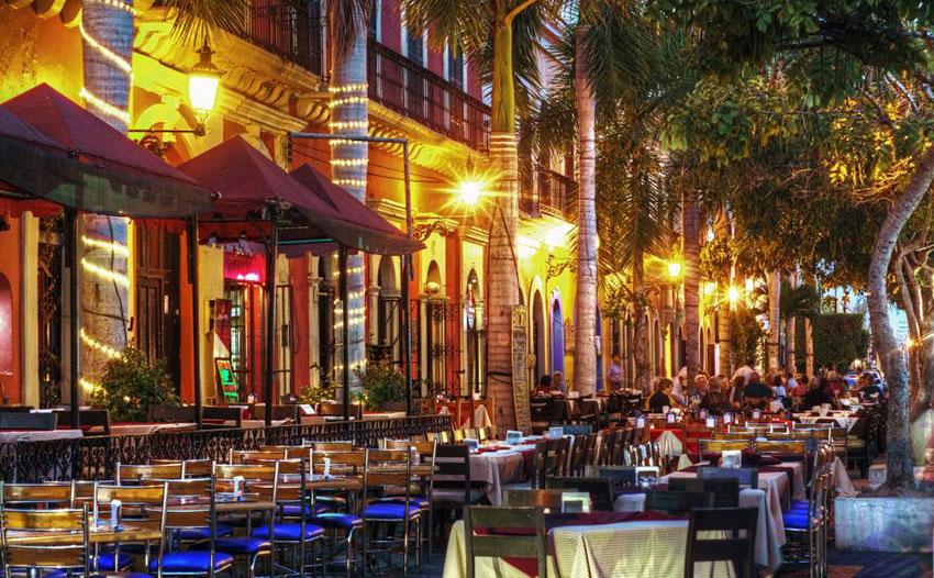 Restaurants at Plaza Machado in the historic center of Mazatlán.